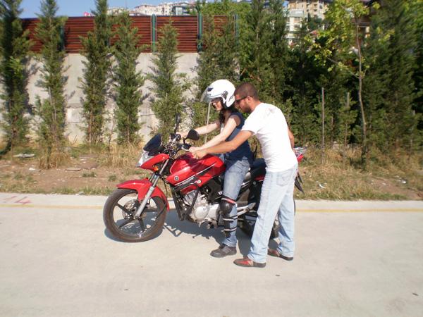 Güvenli Motosiklet Sürüşü